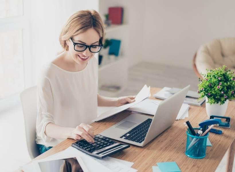 קורס הנהלת חשבונות וחישוב שכר, מכללת UTime - בפיקוח משרד העבודה, הרווחה והשירותים החברתיים (משרד הכלכלה) תחום החשבונאות מלווה את המגזר העסקי.